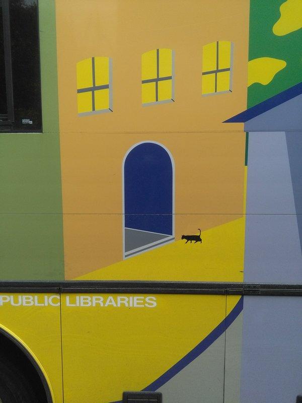 rsz_bus_side_cat_600w