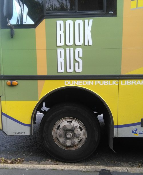 rsz_bus_side_words_02