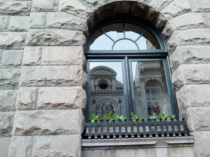 rsz_nb_beet_window_h