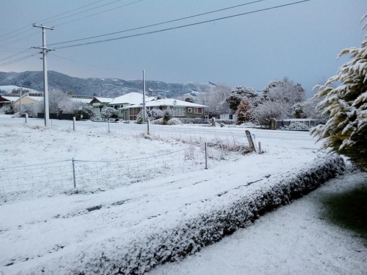 tapanui_snow_04Aug2019_04_1400w
