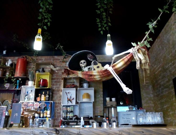 hammock_skeleton_1500w