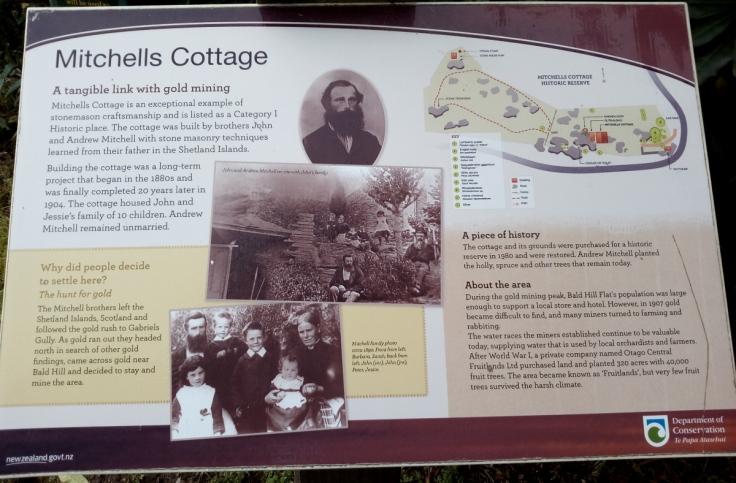 mitchells_cottage_intro_05