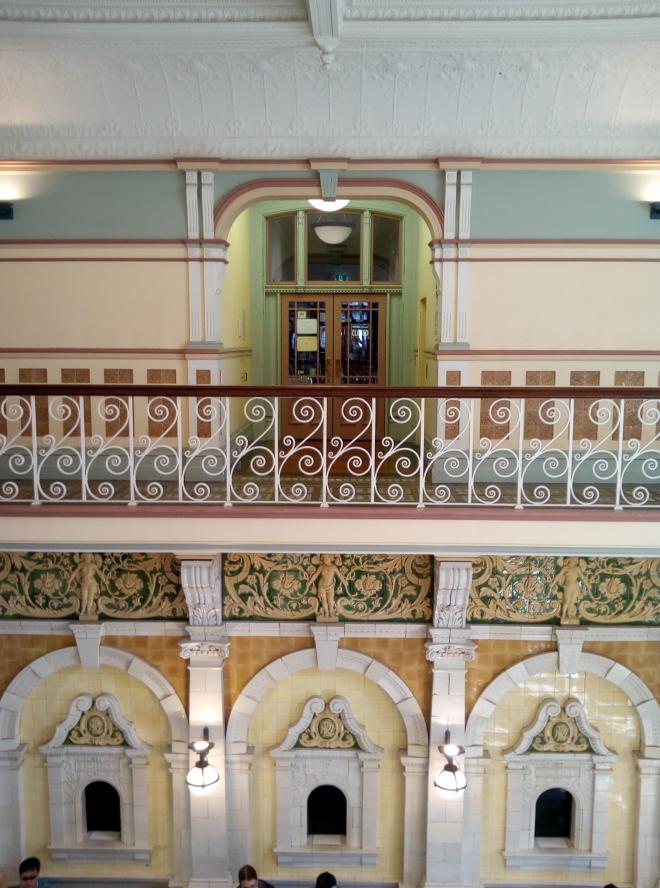 dun_railway_station_ornate_02