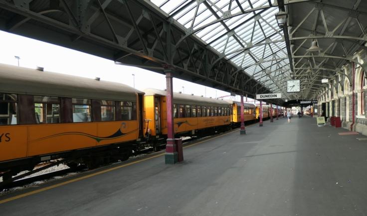 dun_taieri_train_1200w