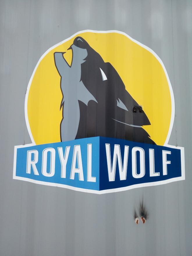 royal_wolf_dun_liz